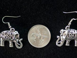 Sølv ørenringe formet som elefanter